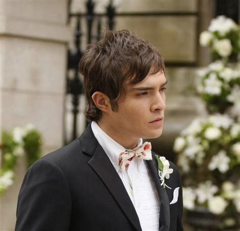 Award for: Best Chuck Bass Outfit - Season 1 Poll Results