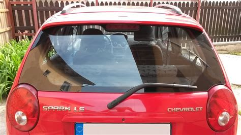How to change the rear window wiper arm Chevrolet Spark