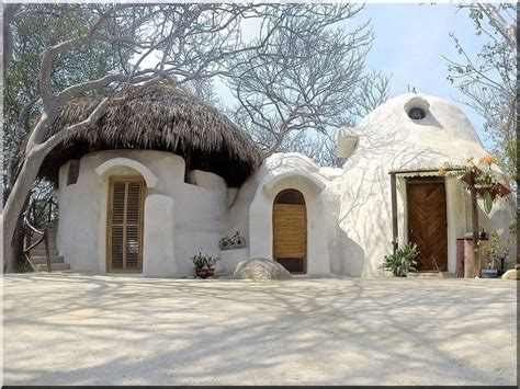 Land and loam architecture is the oldest form of